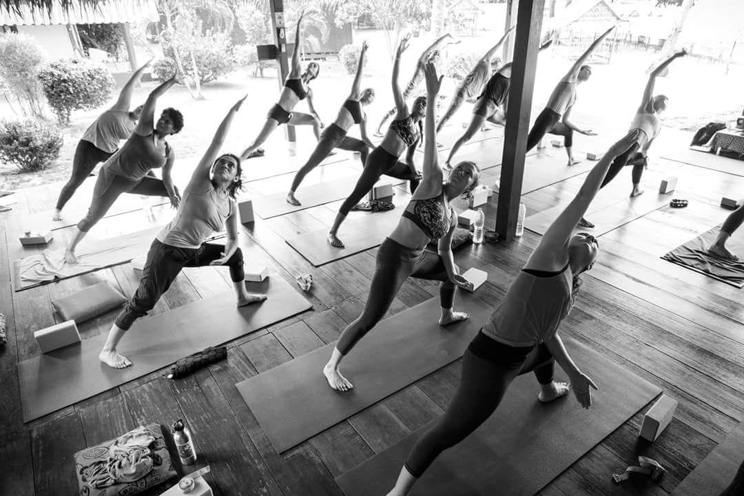Ecoute ton corps, il est plus intelligent que toi ;) ou…. mon premier Yoga Teacher Training